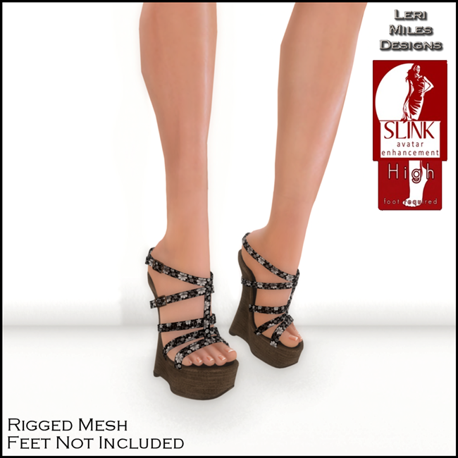 LMD Ad Display Kassie Wedges BW